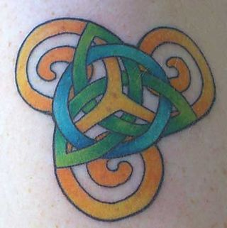 Tri tri tattoo healing close up