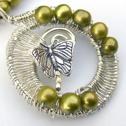 Whirled_peas_necklace